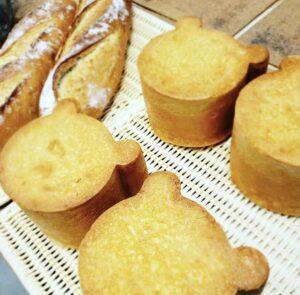 小山市オレアのくまちゃん食パン