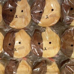 猫食パン大人気ネコ食パン
